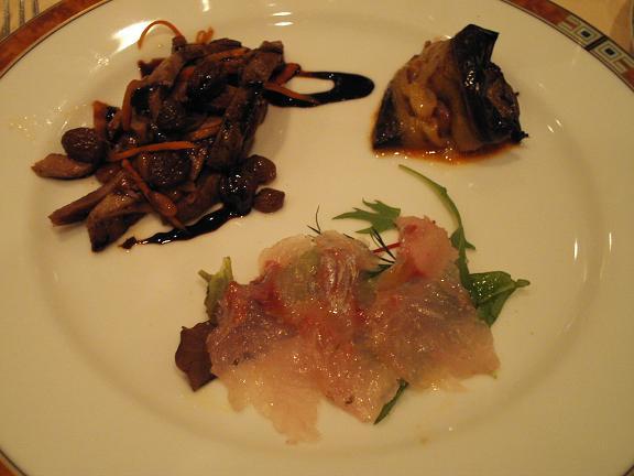 2.黒むつカルパッチョ 牛肉のバルサミコ風味、茄子とモッツァレラのオーブン焼き.JPG