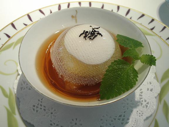 7.デザート1 川内晩柑のキャラメルドーム仕立て 古々美醂の泡とアールグレイのジュレ.JPG