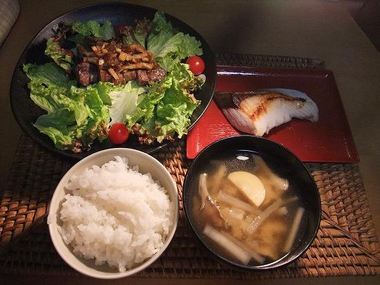 ステーキ タケノコソース、ブリ塩焼き.jpg