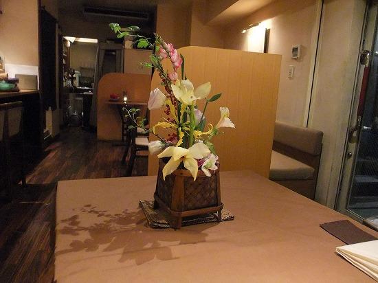 テーブルセッティング お花.jpg