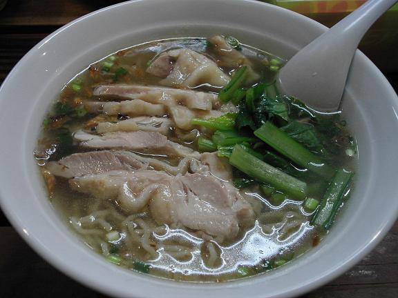 鶏ラーメン 塩スープ.JPG